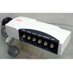 LABGEAR DA242BP 4 Way Amplifier Разпределителна кутия с усилвател за телевизия